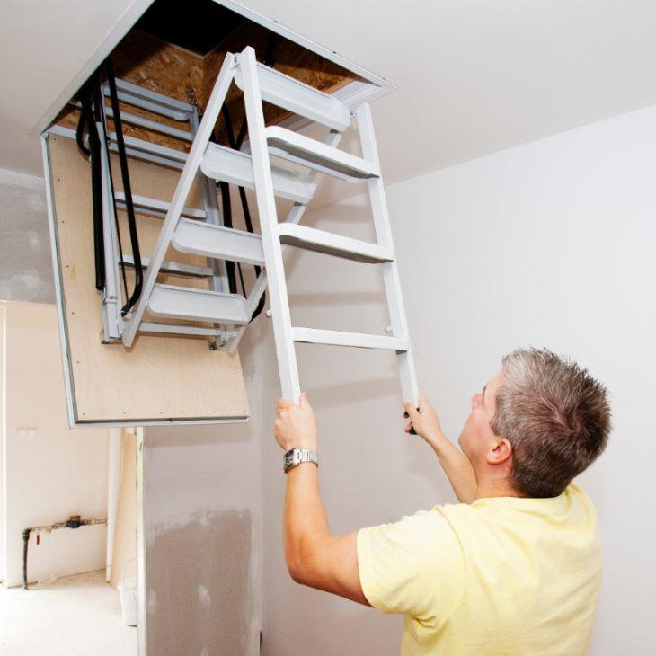 Krok za krokom… montáž sťahovacích schodov pre pasívne domy